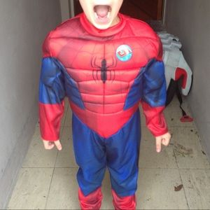 Spider-Man costume for Halloween! Fits 3-4 year old